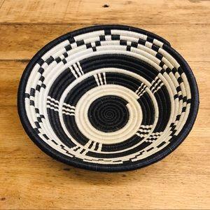 Bohemian Woven Rope Basket White / Black